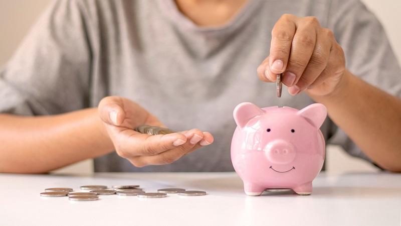 Rosnące ceny i obawa przed zapaścią w gospodarce głównymi przyczynami oszczędności
